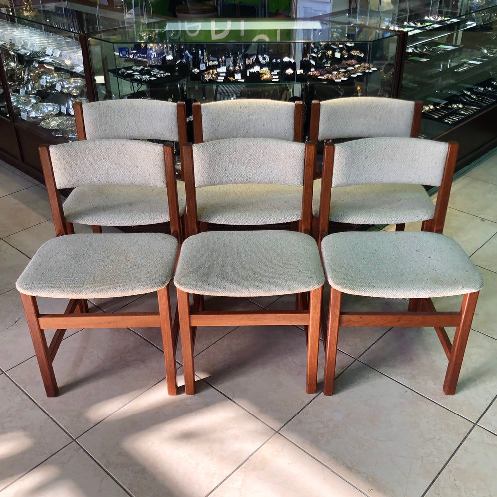 Load image into Gallery viewer, Vintage Teak Chairs - Set of 6