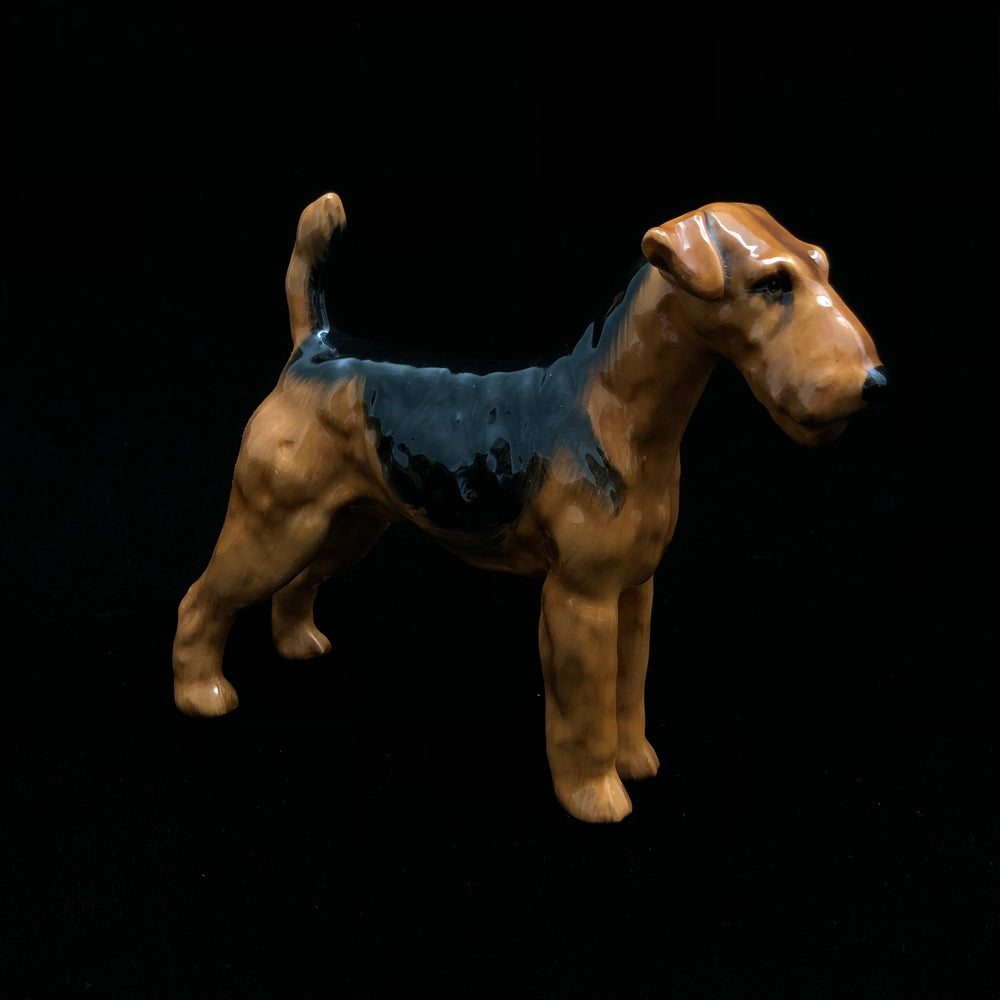 ROYAL DOULTON Airdale Terrier HN 1023