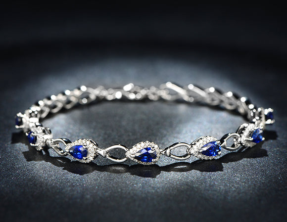 18k Exquisite White Gold Sapphire Bracelet for Her