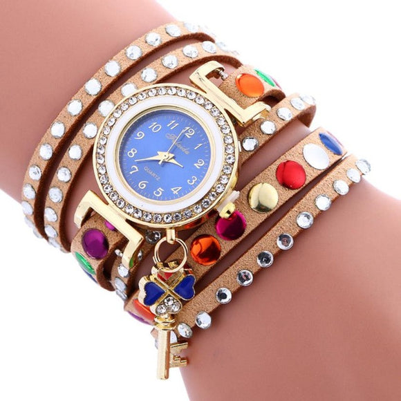 A Stylish Wrist Watch w/Key Pendant