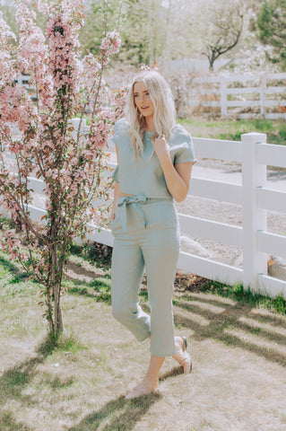 Abigail Sage Crop and Pants Set