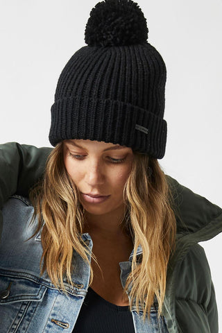 D-Luxe Single Pom Beanie