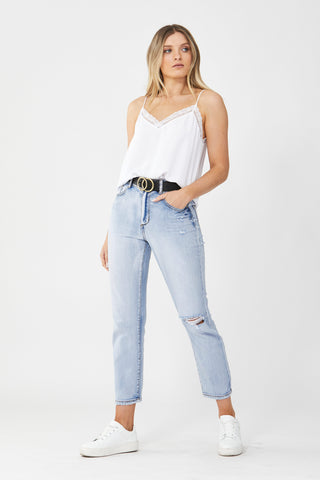 Becky Distressed Straight Jean