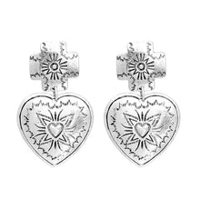 ANTIKA- CROSS HEART STUDS