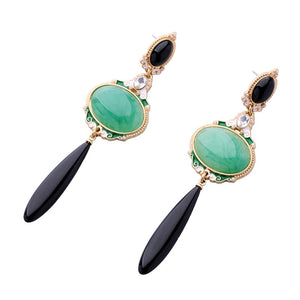 CIRCE- BLACK AND GREEN ELEGANT DROP EARRINGS