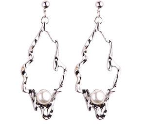 HEDRA-  SQUIGGLE DROP HOOP EARRINGS
