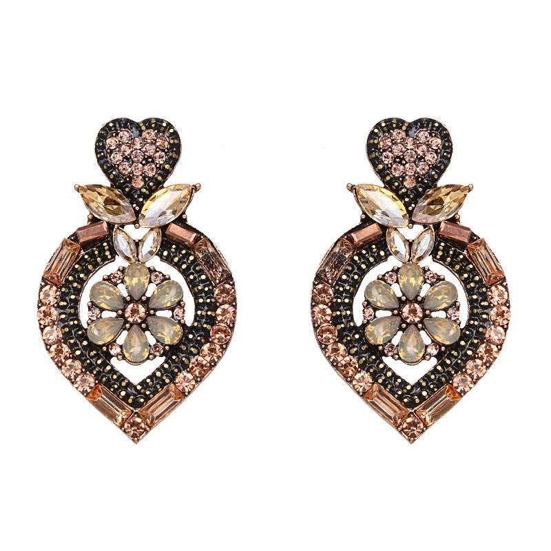 LOVIA- HEART CRYSTAL STUD EARRINGS- PEACH
