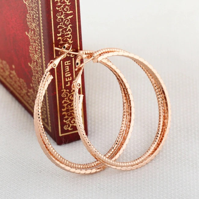 OLYMPIA- 3 CIRCLE HOOP-ROSE GOLD