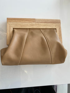 MOY TASMANIA CARAMEL LEATHER CLUTCH