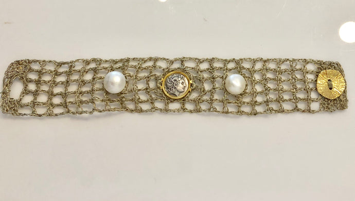 FRESH ATHENA-DIONYSUS and PEARL METALLIC THREAD BRACELET