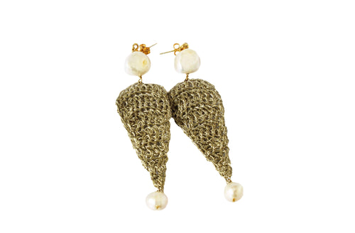 ANTIGONI- GOLD PLATED THREAD/PEARL EARRINGS