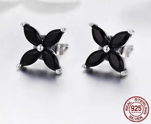 CLOVER STERLING SILVER STUDS