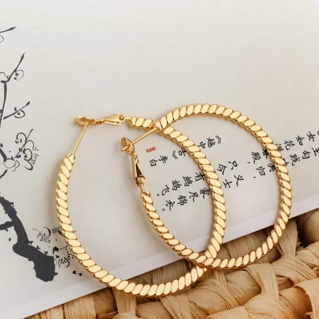 KEYLA- FLAT ROPE GOLD HOOP EARRINGS