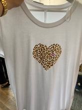 LOVEMEWILD -TSHIRT with BLACK HEART