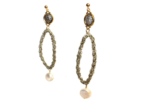 DIONYSUS OVAL DROP PEARL EARRINGS