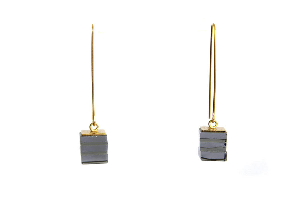 ROSA MENDEZ- NEW YORK 3 & 5 GLASS STACK DROP EARRINGS- CARBON