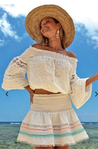 MISS JUNE PARIS MONTAUK BRODERIE ANGLAISE TOP -2 COLOURS P97