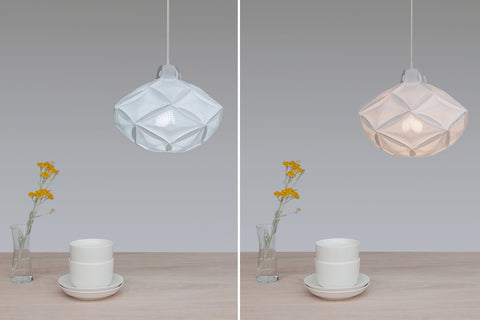 Airy RI20 Lamp Shade with cold and warm light bulb comparison photo