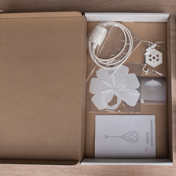 pendant lamp flat pack packaging by 24d-studio