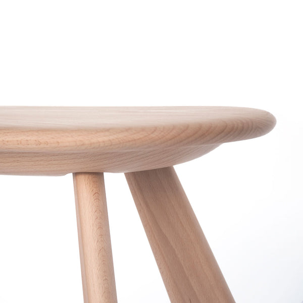 Atlas Stool seat detail carved from solid beech wood with CNC technology by 24d-studio