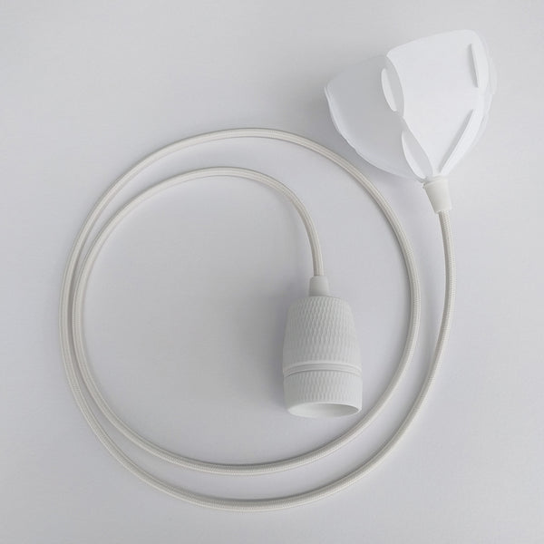 porcelain lamp socket with white fabric cord and ceiling cap for EU standard