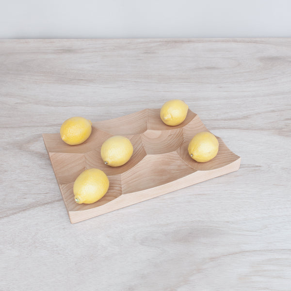 Storm Large Tray in beech wood with lemons