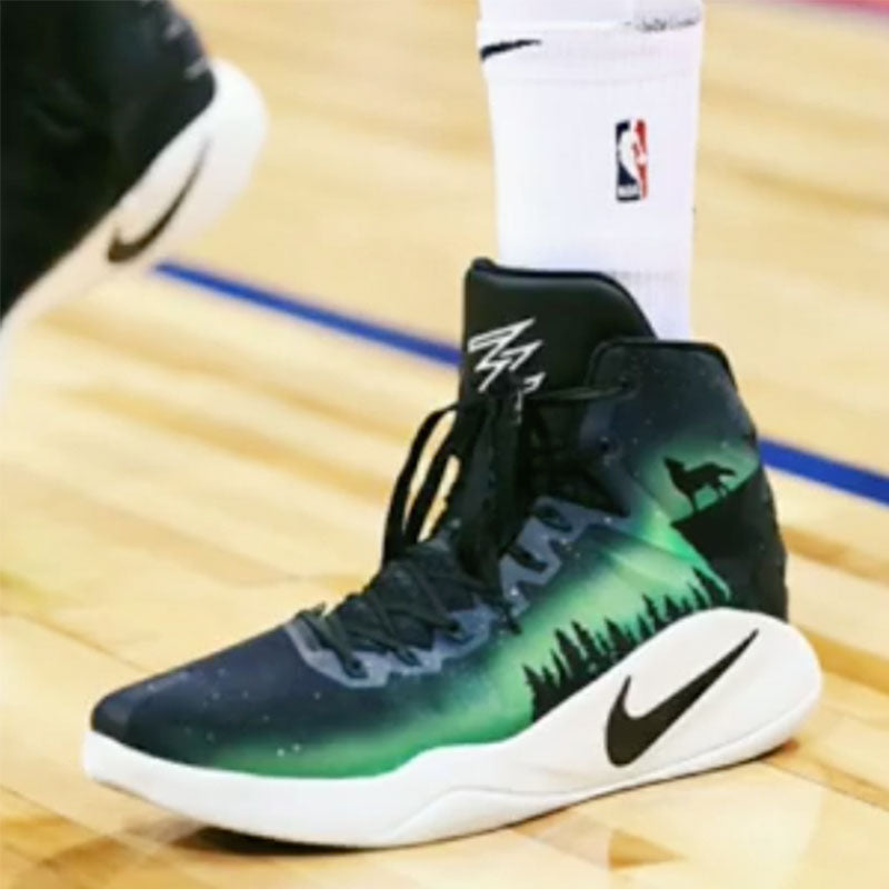 new arrival ecbeb 7e12e ... Karl Anthony Towns  Northern Lights  Hyperdunk 2016 ...