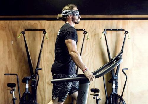 Meet the guy who did 24 hours of cardio - Blindfolded!