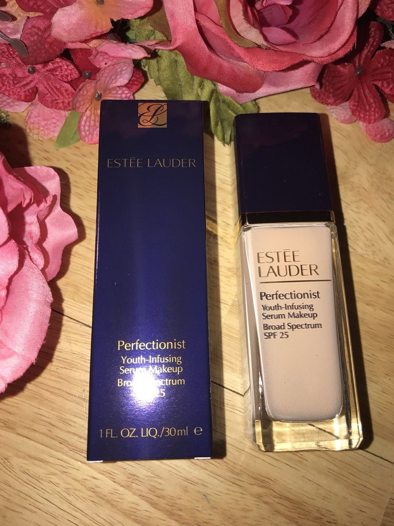 Estee Lauder Perfectionist Youth-Infusing Makeup SPF 25 – The Village Pharmacy