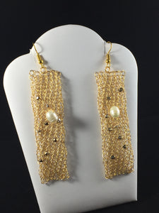 Gold earrings pearl Swarovski crystals