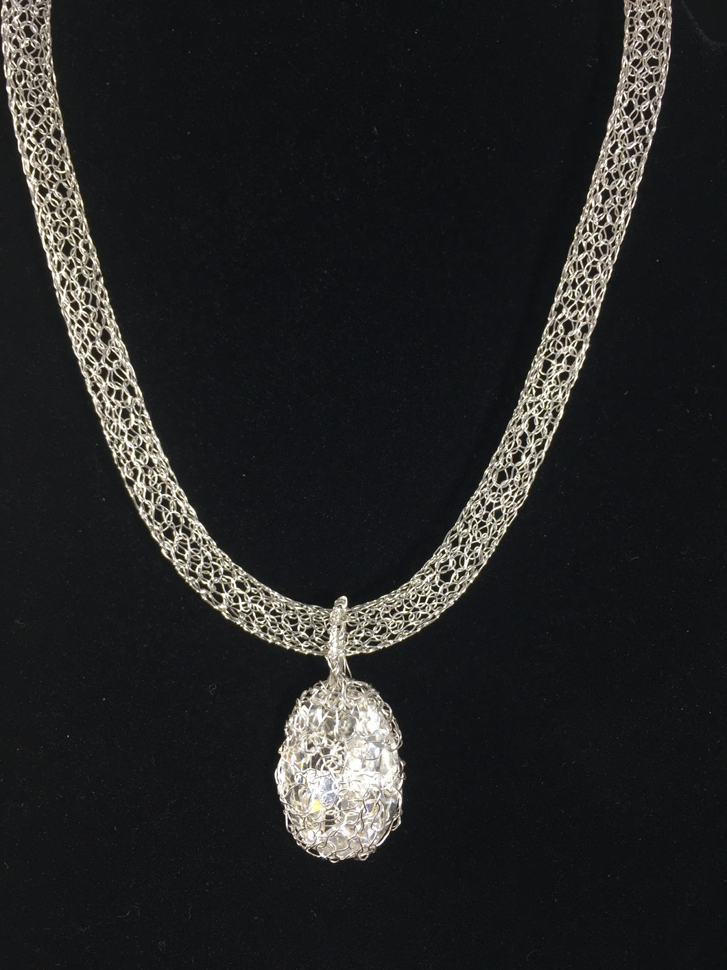 Stunning Swarovski crystal necklace