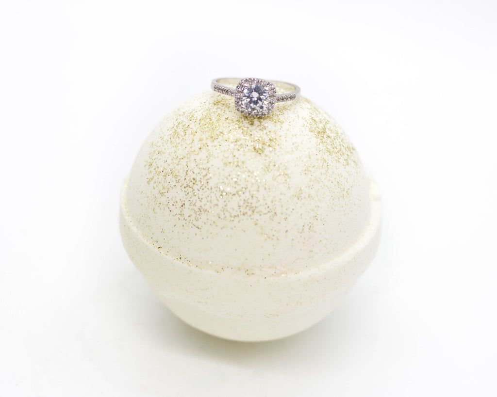 Glitter & Gold- Ring Bath Bombs