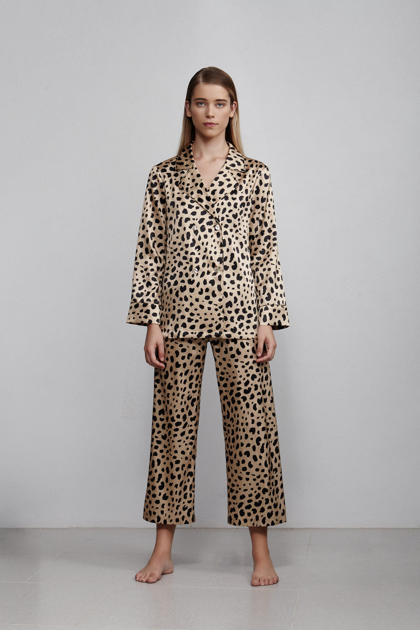 Elastic waist cropped pull on pant, Leopard print, front view