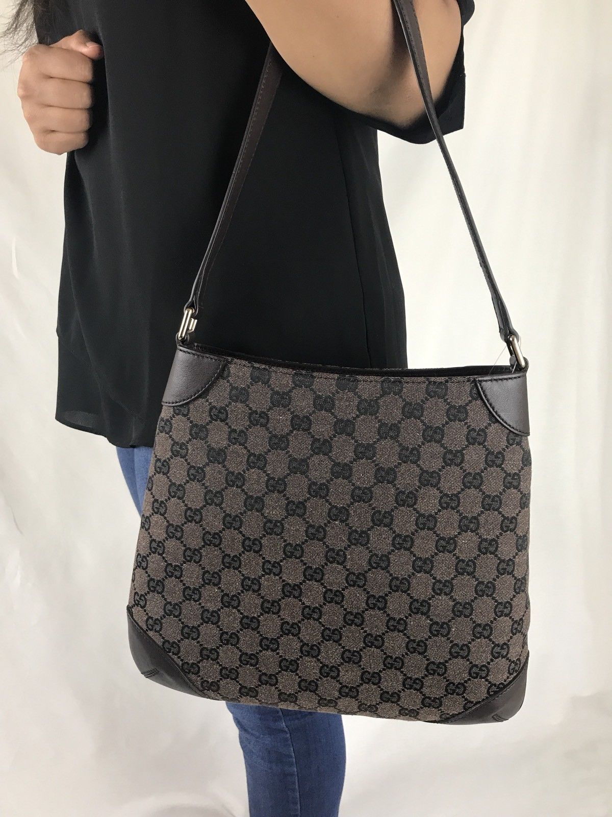 14f440755300 ... GUCCI BROWN CANVAS LEATHER BAG Costco limited edition