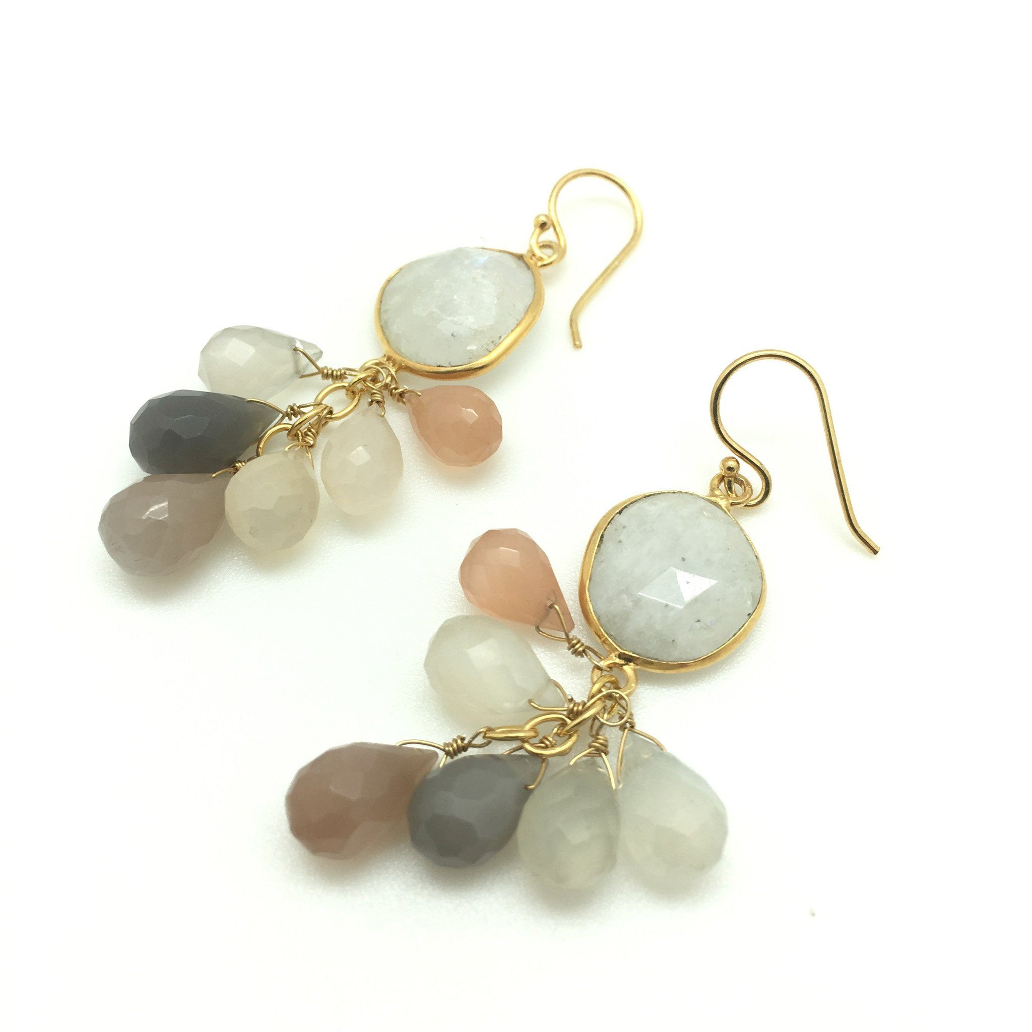 LUZ mix of moonstones cluster earrings - MadamSiam