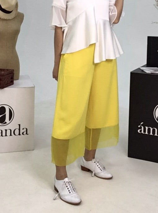 Yellow Pants With Frills On Pocket