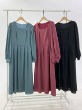 Load image into Gallery viewer, Long Sleeve Pleated Maxi Dress