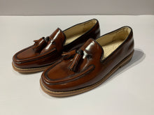 Load image into Gallery viewer, Mahogany loafers
