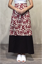 Load image into Gallery viewer, Red floral skirt