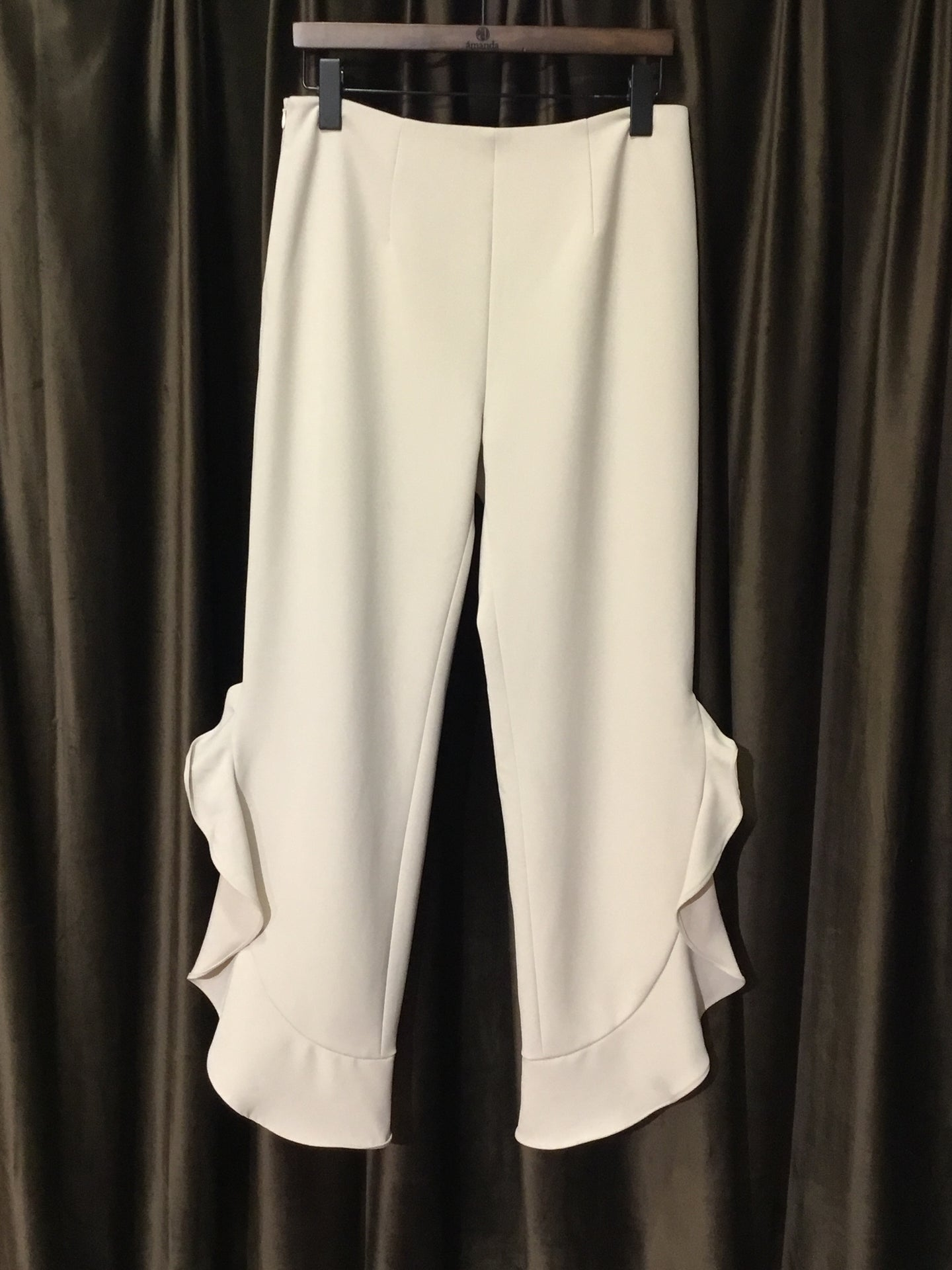 Vanilla Trousers With Side Ruffle