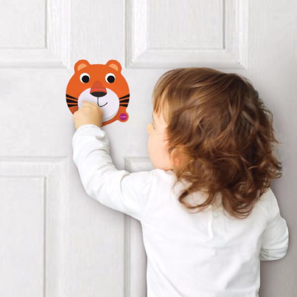 VertiPlay™ Wall Toys Doorknocker - KEEPERS