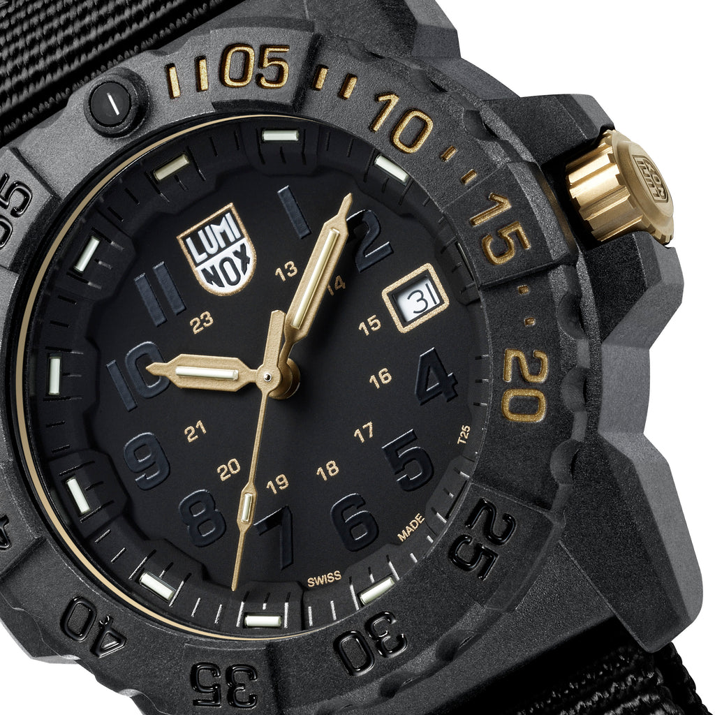 Luminox Navy SEAL 3500 Gold, Limited Edition The Gold Standard