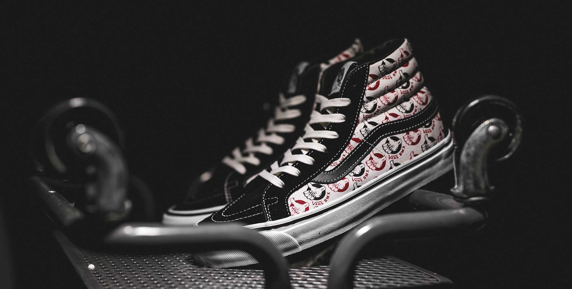 VAULT BY VANS X NEIGHBORHOOD