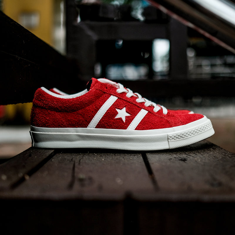dd31fc4f4e4187 Converse One Star Academy Red