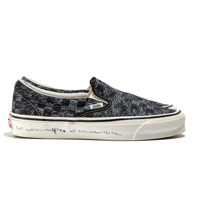 Vans Vault x Raised by Wolves by Jim Goldberg OG Slip On LX | TV Static