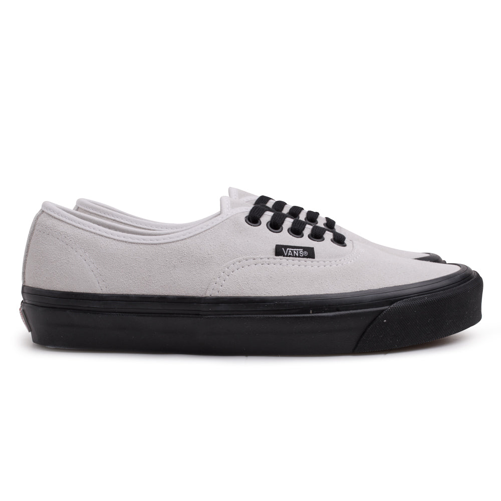 c7bae37af3 Vans Authentic 44 DX