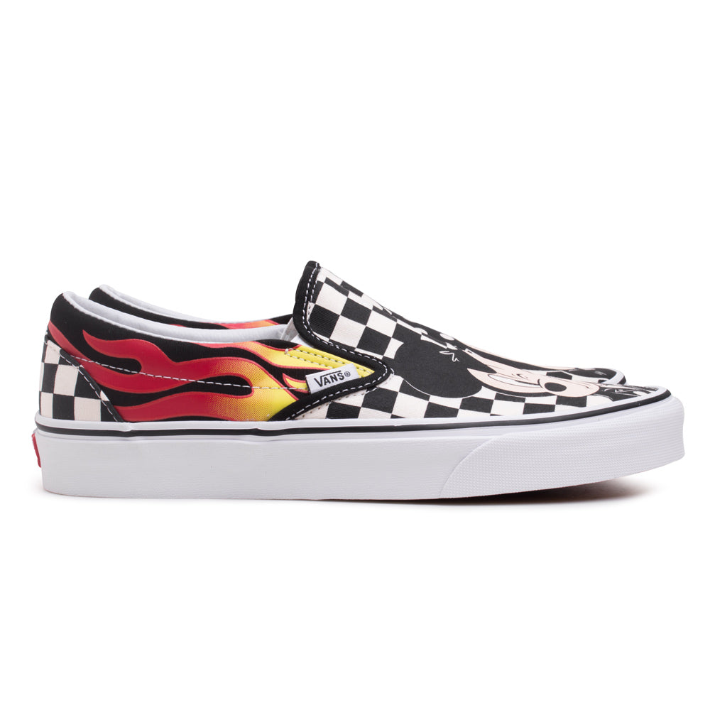 Vans Disney x Vans Slip On | Black - CROSSOVER ONLINE