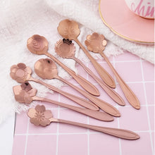 Load image into Gallery viewer, Flower Tea Spoons - Rose Gold - ملاعق ورد روز غولد