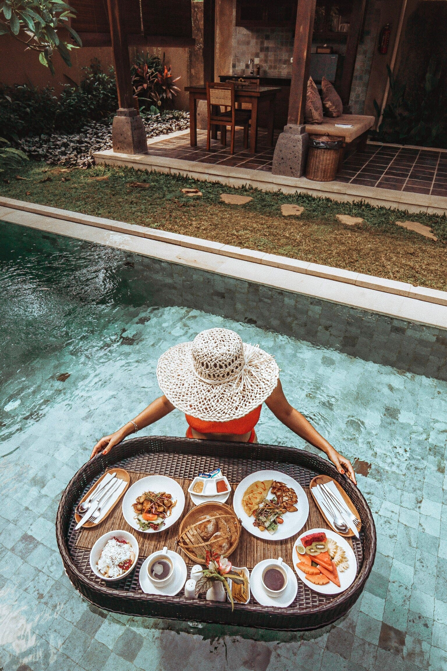 Floating Breakfast Bali
