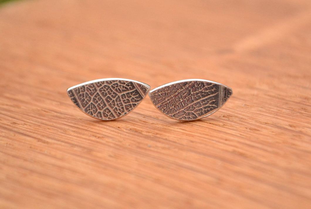 Silver leaf texture stud earring